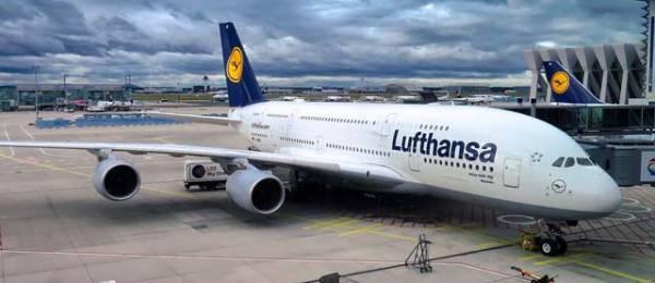 Ankunft eines Linienflug in Male MLE Malediven ab Deutschland, Schweiz, Österreich, Niederlande und dem Rest der Welt