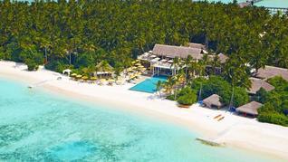 Niyama Private Islands Maldives Restaurant mit Pool