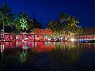 One & Only Reethi Rah Restaurant mit Pool