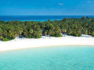 One & Only Reethi Rah Insel Villas vom Meer gesehen