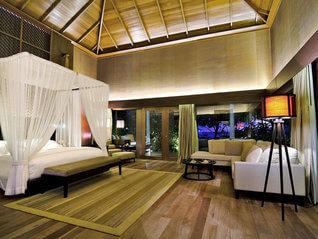 Raffles Maldives Meradhoo Resort Insel Villa Wohnbeispiel
