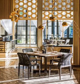 The St. Regis Maldives Vommuli Resort Restaurant