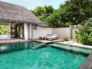 Vakkaru Maldives Insel Bungalows mit Pool