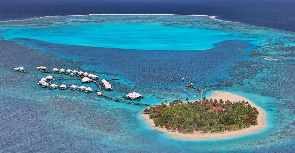 Diamonds Thudufushi Malediven Reisen 2021